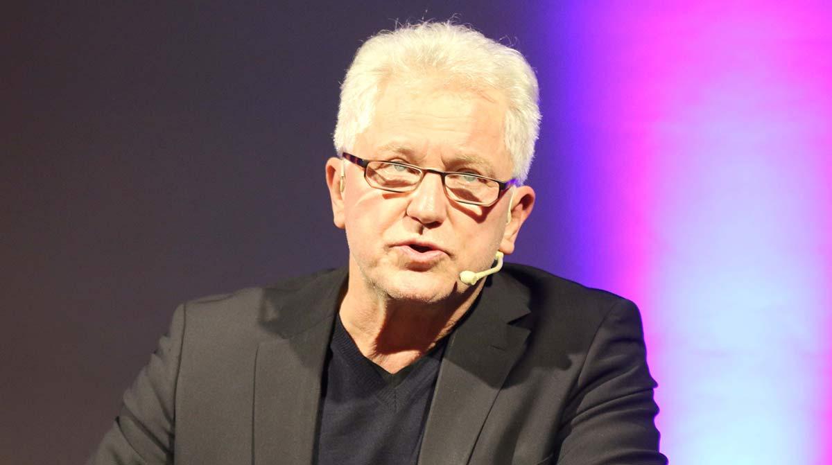 """Miroslav Nemec spielt """"Kroatisches Roulette"""""""